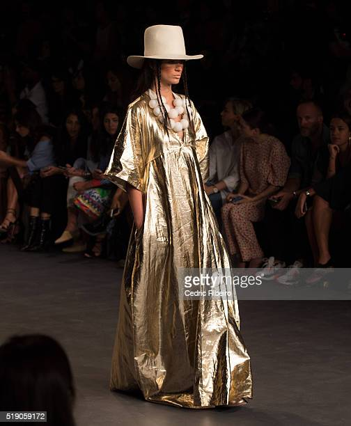 A model walks the runway during the Salta show at Fashion Forward Fall/Winter 2016 held at the Dubai Design District on April 2 2016 in Dubai United...