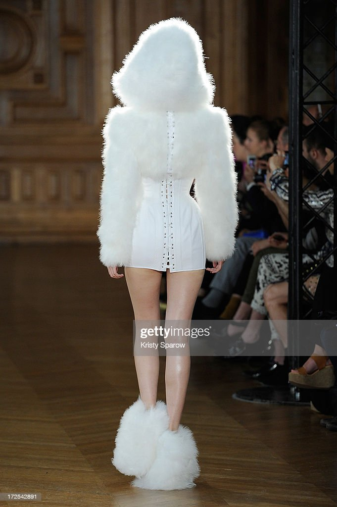 Serkan Cura Couture : Runway - Paris Fashion Week Haute-Couture F/W 2013-2014