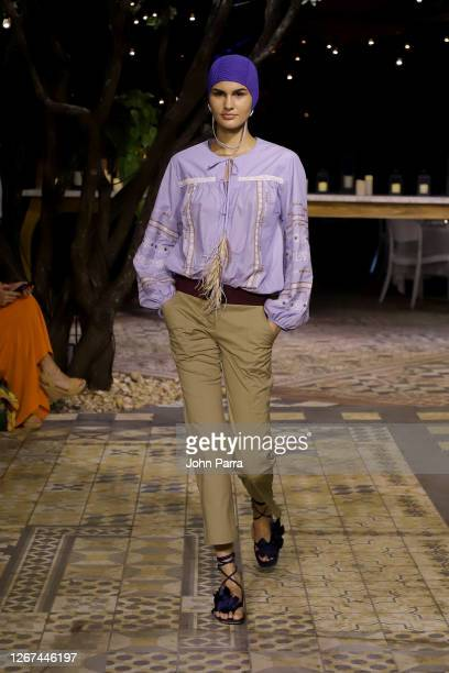 A model walks the runway during the Silvia Tcherassi Resort '21 Fashion Show Paraiso Miami Beach 2020on August 20 2020 in Miami Florida