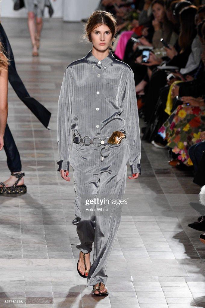Sonia Rykiel : Runway - Paris Fashion Week Womenswear Spring/Summer 2018 : Nieuwsfoto's