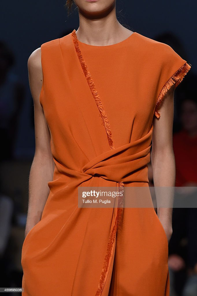 Sportmax - Runway - Milan Fashion Week Womenswear Spring/Summer 2015 : News Photo