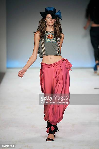 Model walks the runway during the Sportmax Spring/Summer 2008/2009 collection of the Milan Fashion Week on September 23, 2008 in Milan, Italy.