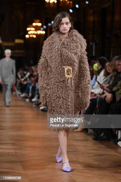 A model walks the runway during the Stella McCartney as part of the Paris Fashion Week Womenswear Fall/Winter 2020/2021 on March 02 2020 in Paris...