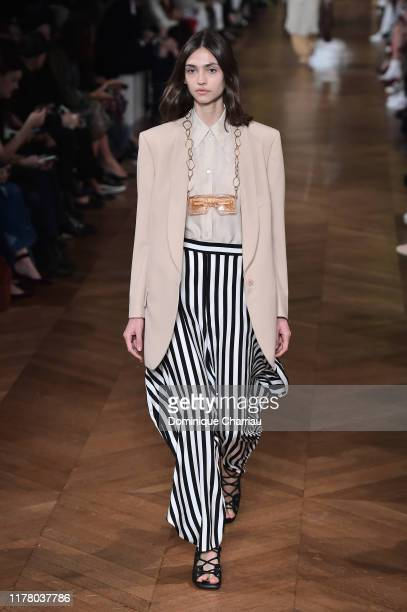 Model walks the runway during the Stella McCartney Womenswear Spring/Summer 2020 show as part of Paris Fashion Week on September 30, 2019 in Paris,...