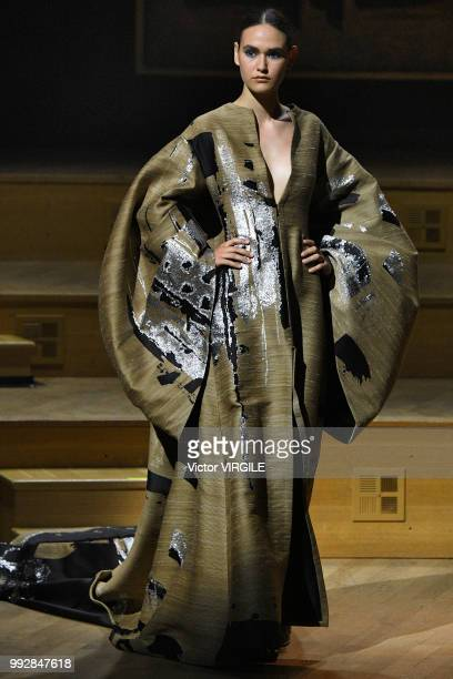 A model walks the runway during the Stephane Rolland Haute Couture Fall Winter 2018/2019 fashion show at Maison de la Radio as part of Paris Fashion...