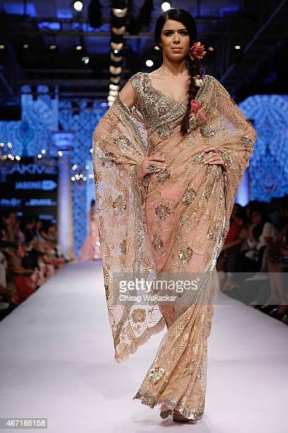 teen-girls-nude-indian-fashion-models