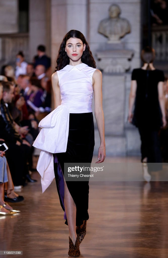 model-walks-the-runway-during-the-talbot-runhof-show-as-part-of-the-picture-id1133221233