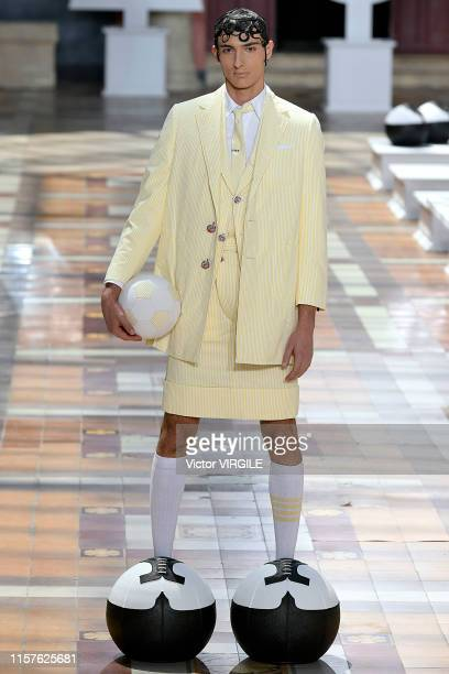 Model walks the runway during the Thom Browne Menswear Spring Summer 2020 fashion show as part of Paris Fashion Week on June 22, 2019 in Paris,...