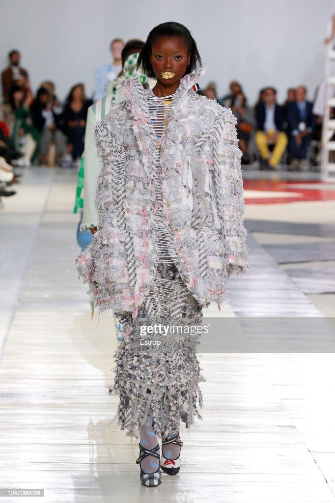 Thom Browne : Runway - Paris Fashion Week Womenswear Spring/Summer 2019 : ニュース写真