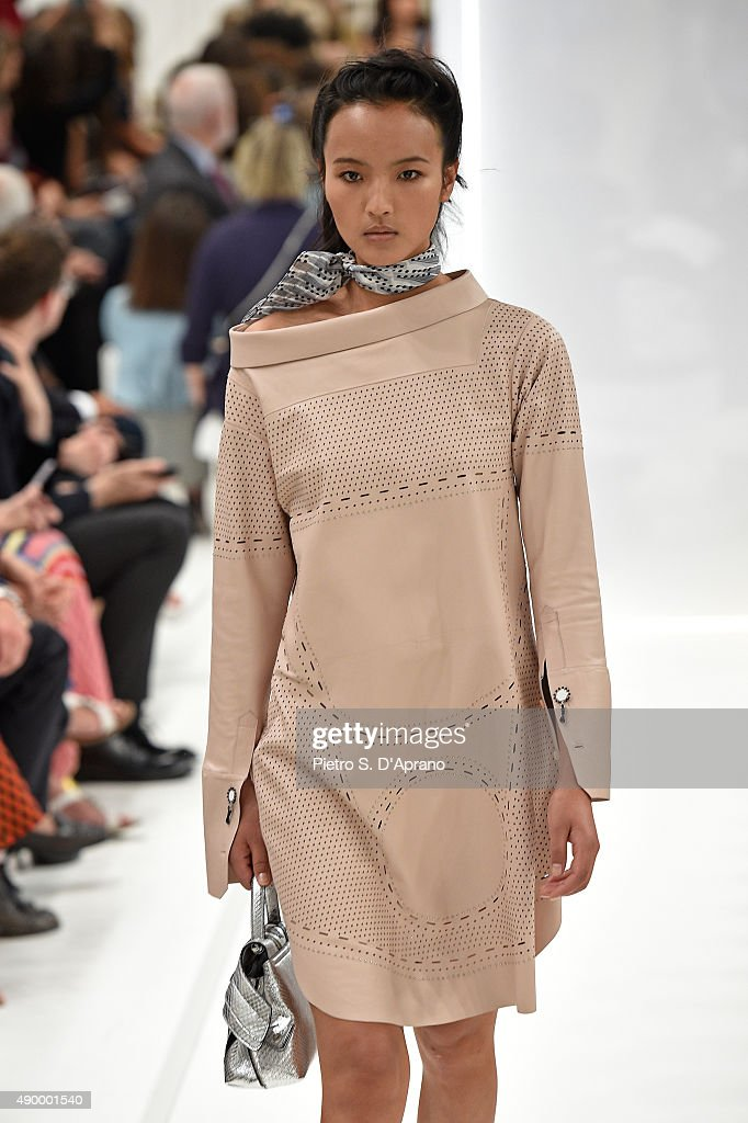 Tod's - Runway - Milan Fashion Week SS16 : News Photo