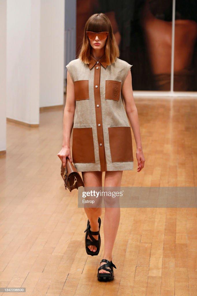Tod's - Runway - Milan Fashion Week - Spring / Summer 2022 : Photo d'actualité