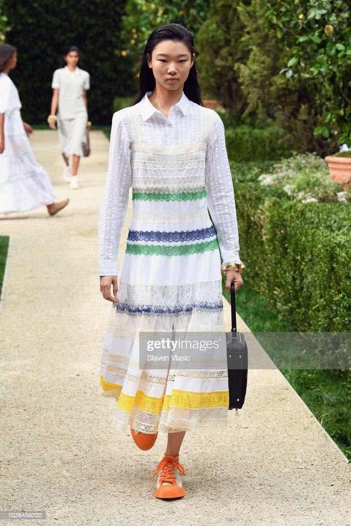 Tory Burch Spring Summer 2019 Fashion Show - Runway : ニュース写真