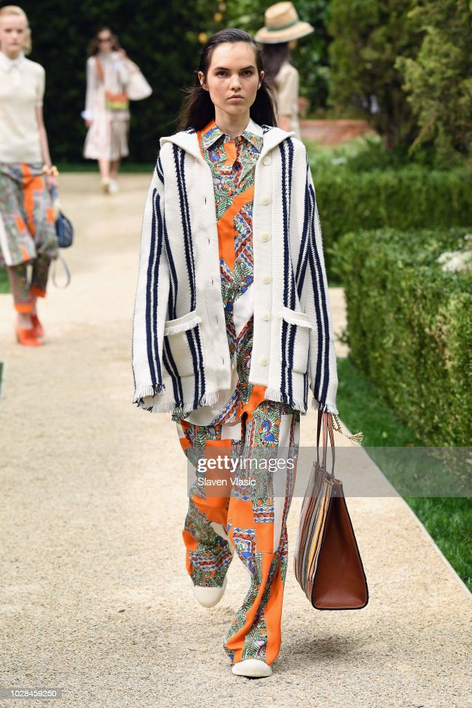 Tory Burch Spring Summer 2019 Fashion Show - Runway : News Photo