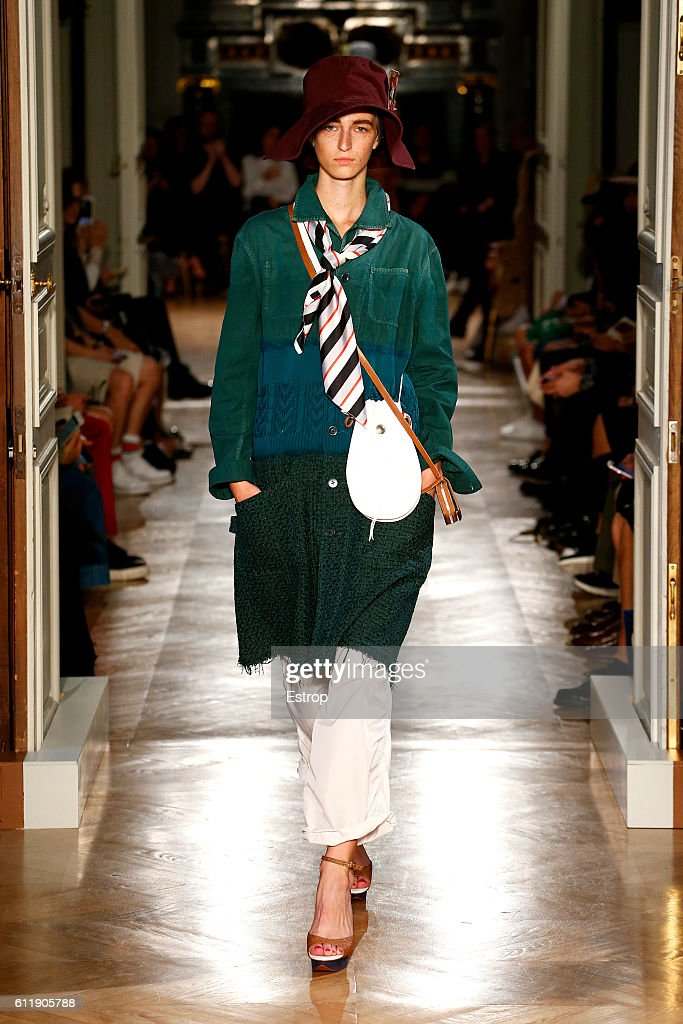 Undercover : Runway - Paris Fashion Week Womenswear Spring/Summer 2017 : News Photo