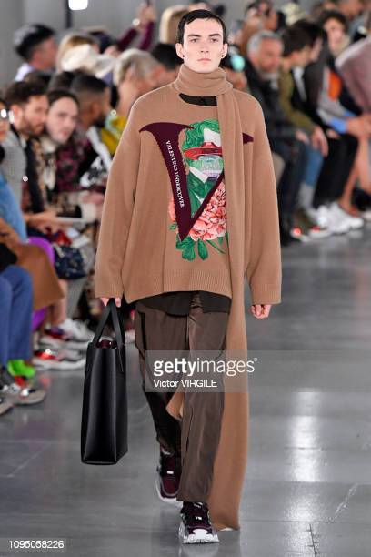 Model walks the runway during the Valentino Menswear Fall Winter 2019/2020 fashion show as part of Paris Fashion Week on January 16, 2019 in Paris,...