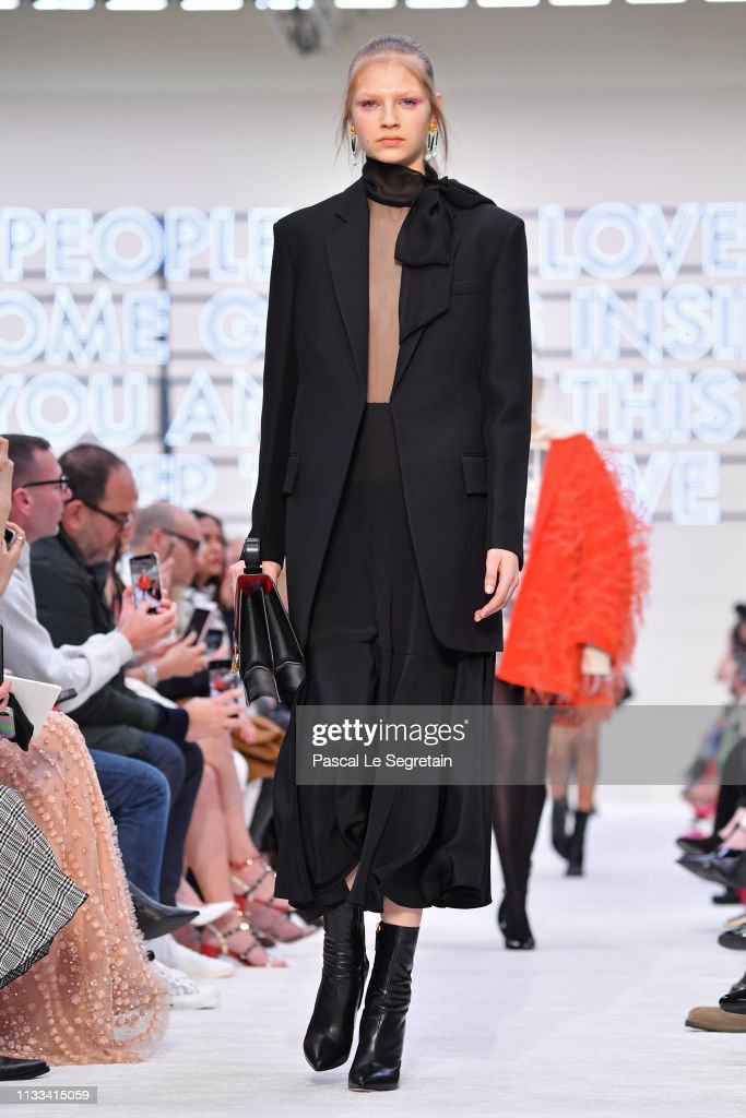 model-walks-the-runway-during-the-valentino-show-as-part-of-the-paris-picture-id1133415059