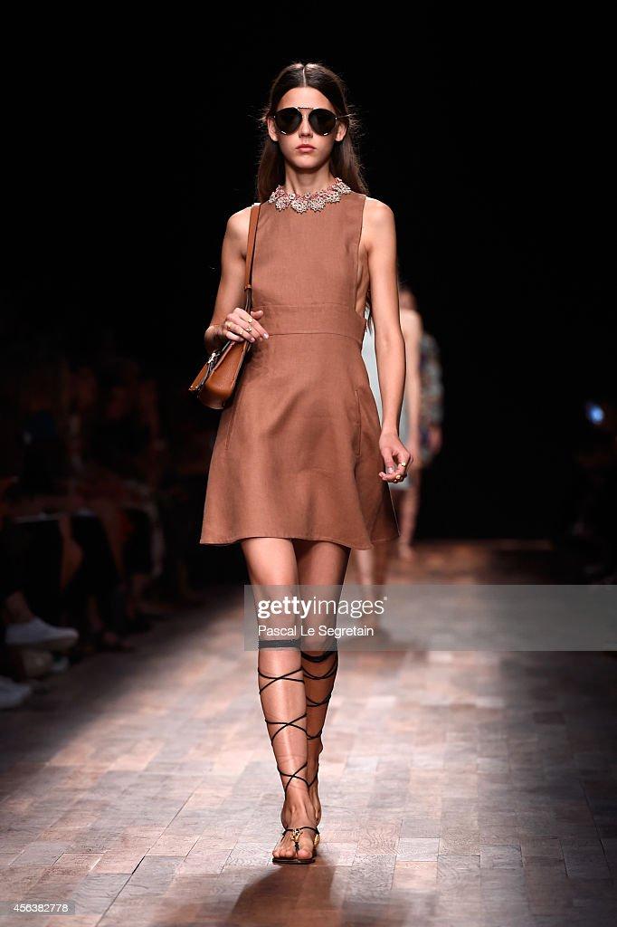 Valentino : Runway - Paris Fashion Week Womenswear Spring/Summer 2015 : News Photo