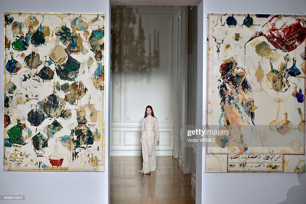 Valentino : Runway - Paris Fashion Week - Haute Couture Spring Summer 2017 : News Photo