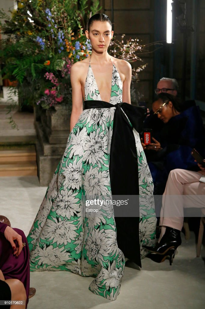 model-walks-the-runway-during-the-valentino-spring-summer-2018-show-picture-id910170622
