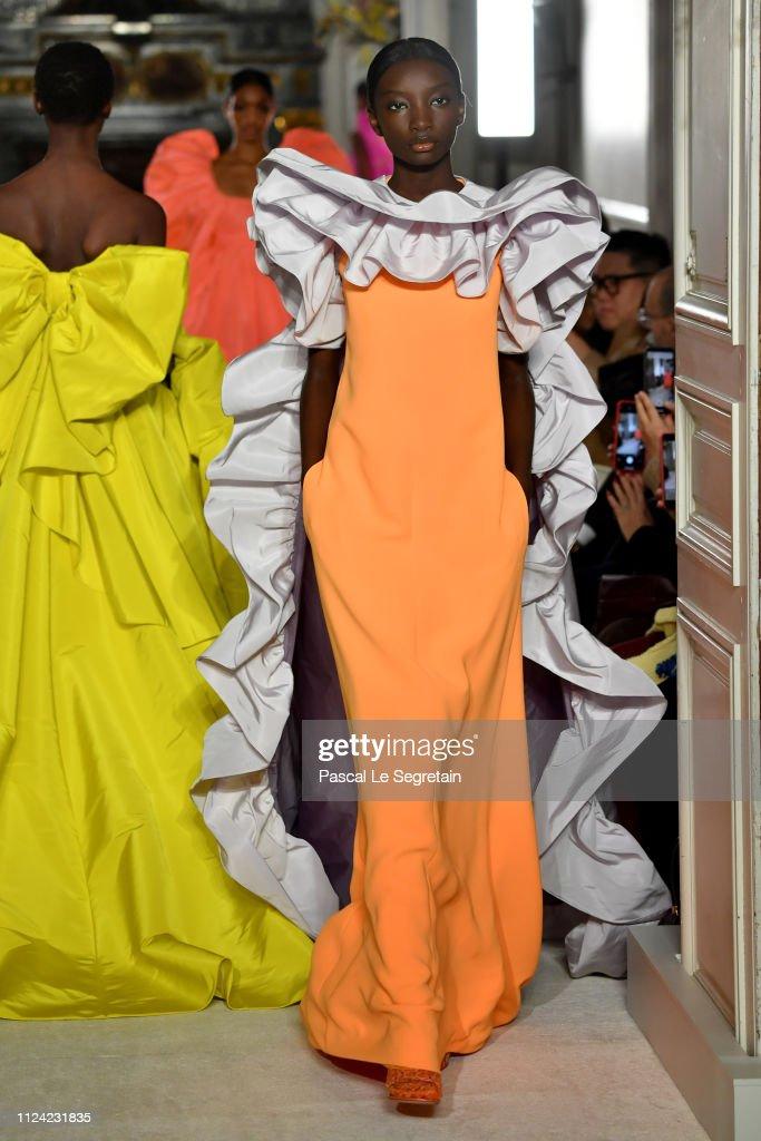 Valentino : Runway - Paris Fashion Week - Haute Couture Spring Summer 2019 : News Photo