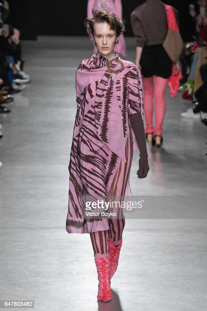 Model walks the runway during the Veronique Leroy show as part of the Paris Fashion Week Womenswear Fall/Winter 2017/2018 on March 4, 2017 in Paris,...