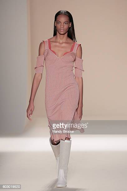 A model walks the runway during the Victoria Beckham September 2016 New York Fashion Week Spring 2017 season at The Cunard Building on September 11...