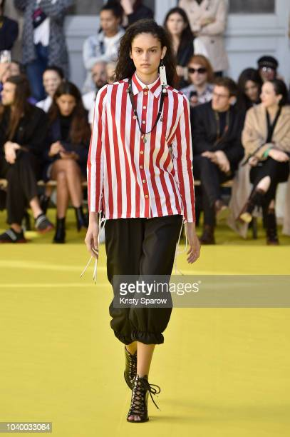 Model walks the runway during the Victoria/Tomas show as part of Paris Fashion Week Womenswear Spring/Summer 2019 on September 25, 2018 in Paris,...