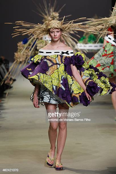 Model walks the runway during the Viktor&Rolf show as part of Paris Fashion Week Haute Couture Spring/Summer 2015 on January 28, 2015 in Paris,...