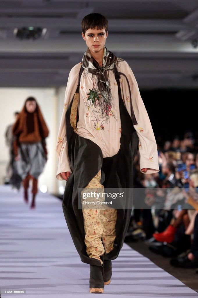 model-walks-the-runway-during-the-vivienne-westwood-show-as-part-of-picture-id1133188696