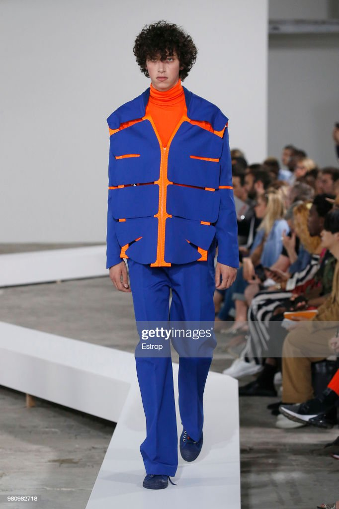 Walter Van Beirendonck : Runway - Paris Fashion Week - Menswear Spring/Summer 2019 : ニュース写真