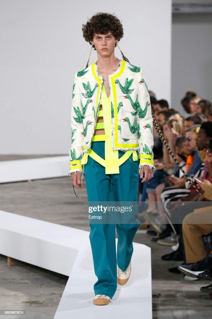 Walter Van Beirendonck : Runway - Paris Fashion Week - Menswear Spring/Summer 2019 : News Photo