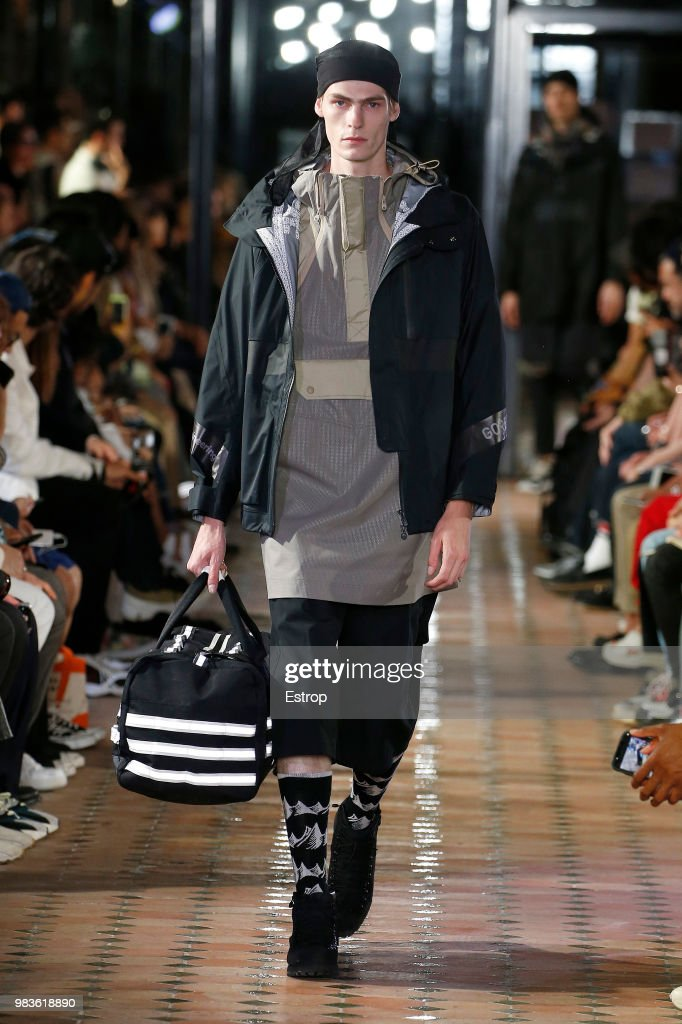 White Mountaineering: Runway - Paris Fashion Week - Menswear Spring/Summer 2019 : ニュース写真