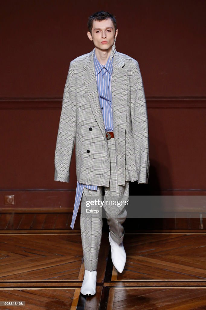 Wooyoungmi : Runway - Paris Fashion Week - Menswear F/W 2018-2019
