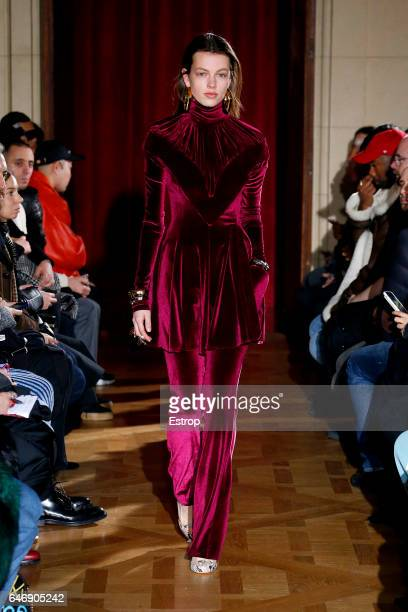 A model walks the runway during the Y/Project designed by Gleen Martens show as part of the Paris Fashion Week Womenswear Fall/Winter 2017/2018 on...