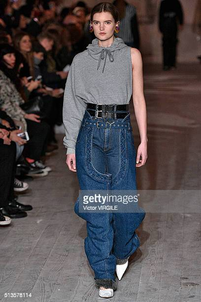 A model walks the runway during the Y/Project fashion show as part of Paris Fashion Week Womenswear Fall/Winter 2016/2017 on March 1 2016 in Paris...