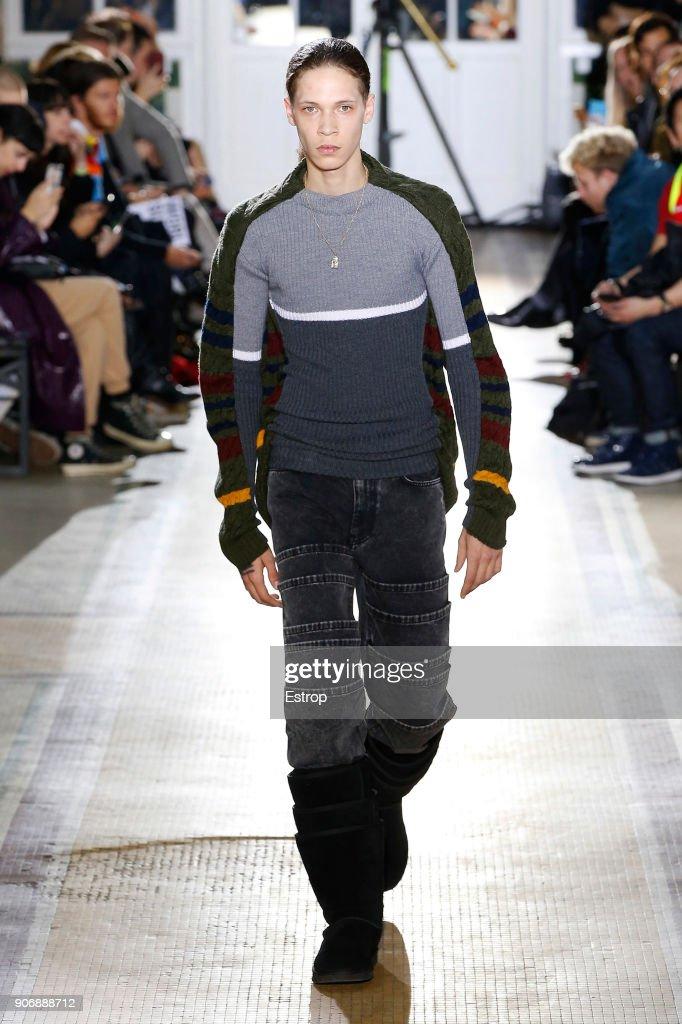 Y/Project : Runway - Paris Fashion Week - Menswear F/W 2018-2019 : ニュース写真