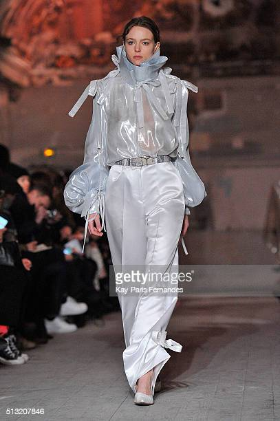 A model walks the runway during the Y/Project show as part of the Paris Fashion Week Womenswear Fall/Winter 2016/2017 on March 1 2016 in Paris France