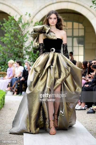 Model walks the runway during the Zuhair Murad Couture Haute Couture Fall/Winter 2021/2022 show as part of Paris Fashion Week on July 07, 2021 in...