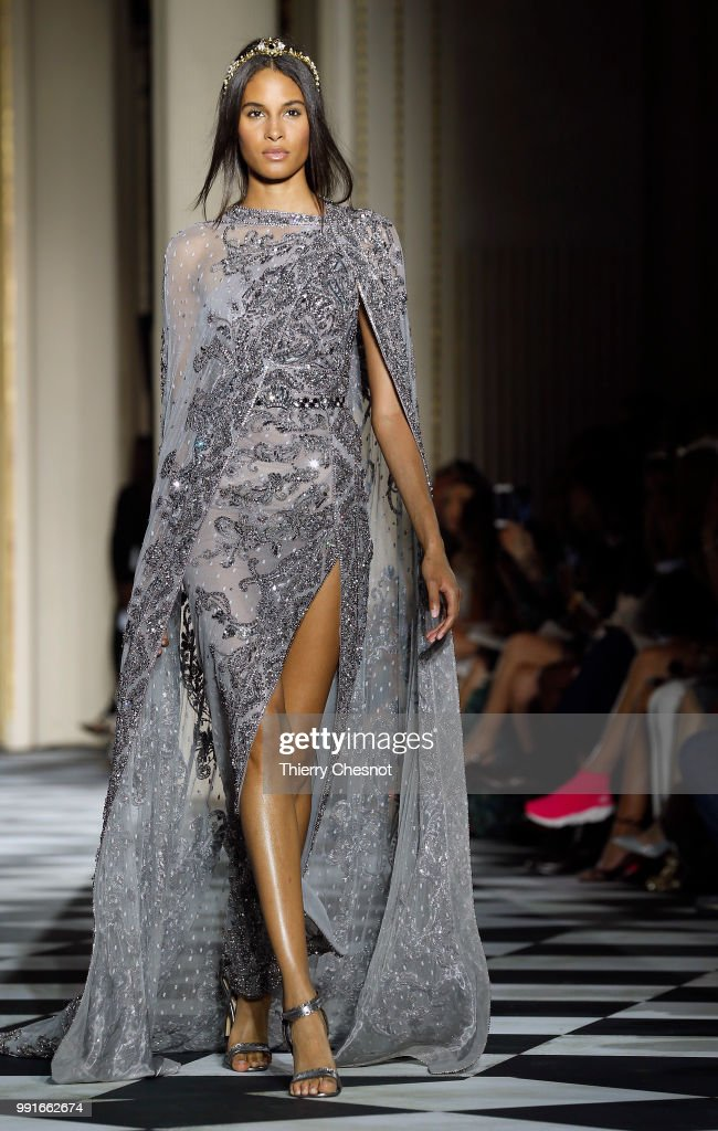 model-walks-the-runway-during-the-zuhair-murad-haute-couture-fall-picture-id991662674