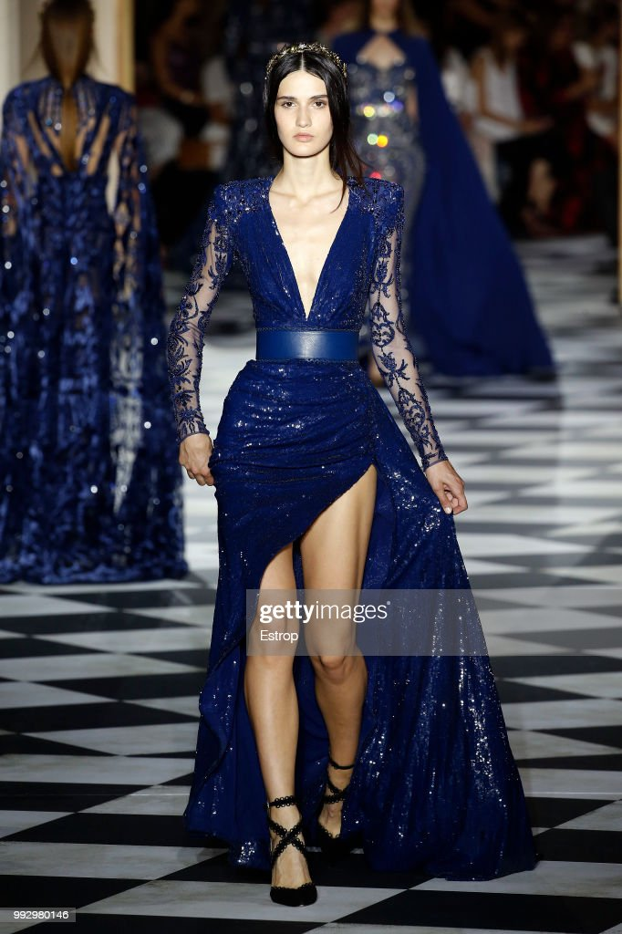 model-walks-the-runway-during-the-zuhair-murad-haute-couture-fall-picture-id992980146