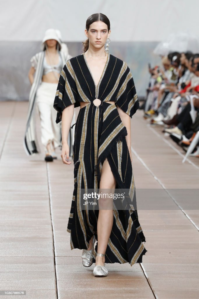3.1 Phillip Lim - Runway - September 2018 - New York Fashion Week : News Photo