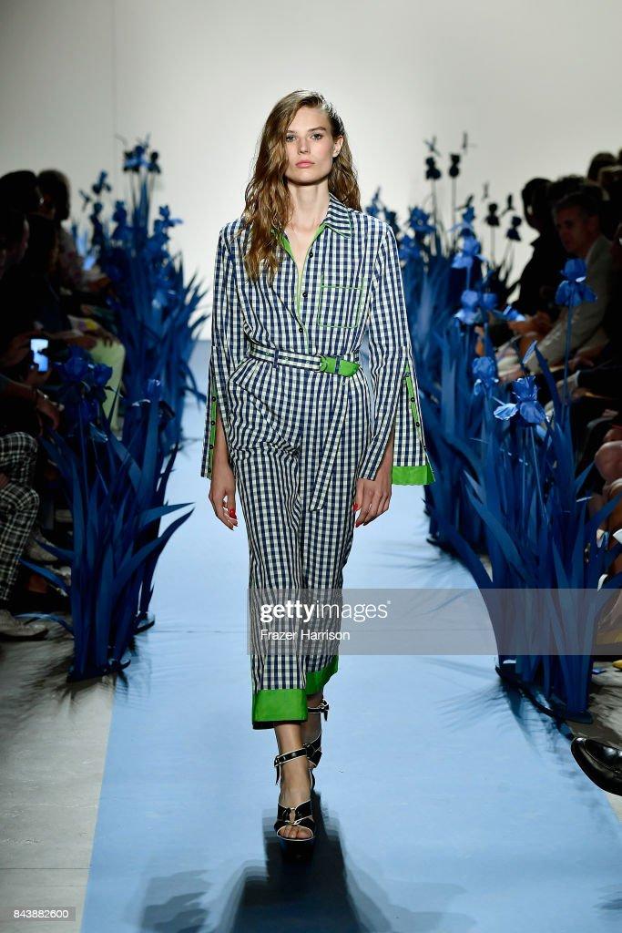 Adam Selman - Runway - September 2017 - New York Fashion Week Presented By MADE : ニュース写真