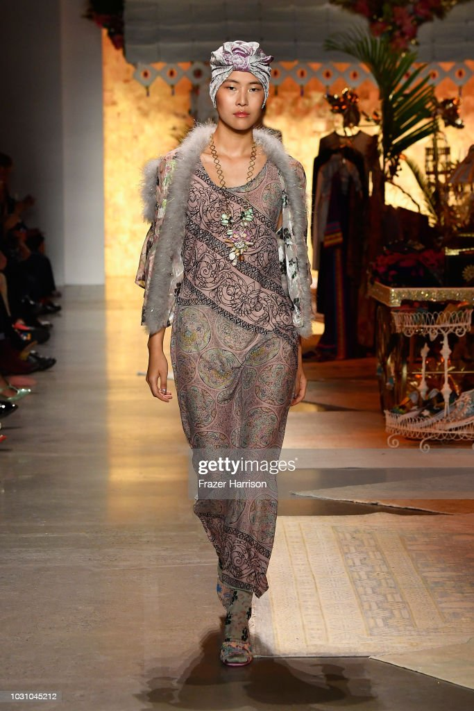 Anna Sui - Runway - September 2018 - New York Fashion Week: The Shows : ニュース写真