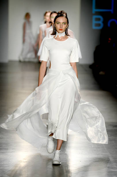 NY: Bailuyu By Fu Wenjie - Runway - September 2019 - New York Fashion Week: The Shows