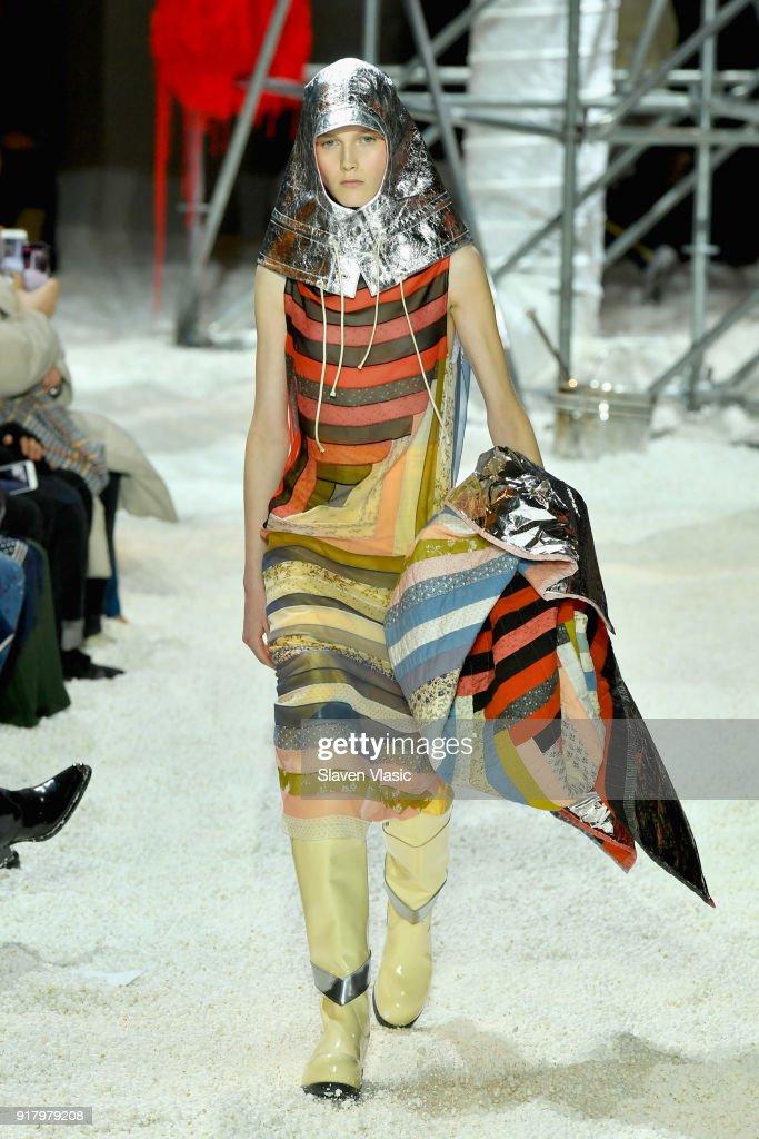 Calvin Klein Collection - Runway - February 2018 - New York Fashion Week : Nieuwsfoto's
