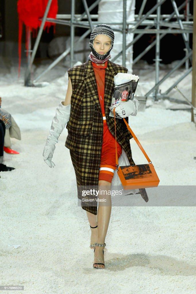 Calvin Klein Collection - Runway - February 2018 - New York Fashion Week : ニュース写真