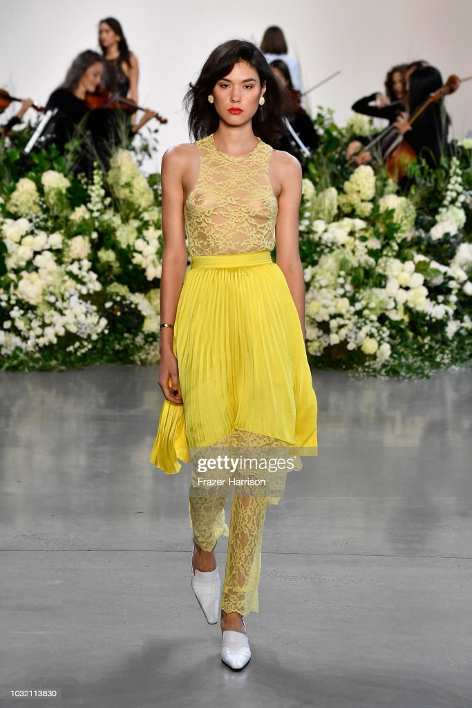 NY: Calvin Luo - Runway - September 2018 - New York Fashion Week