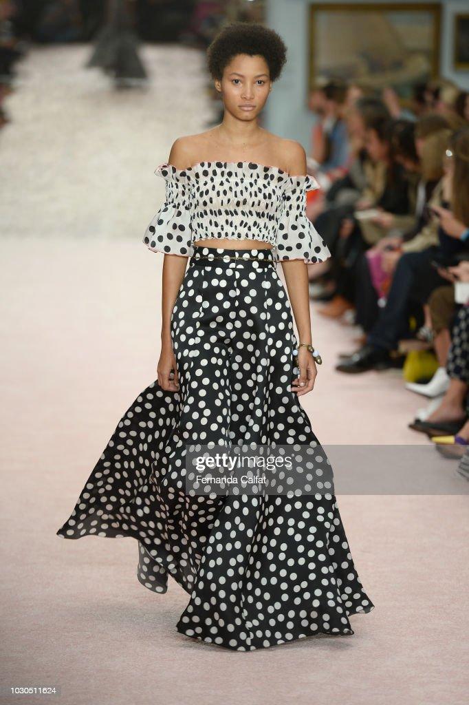 Carolina Herrera - Runway - September 2018 - New York Fashion Week: The Shows : Foto jornalística