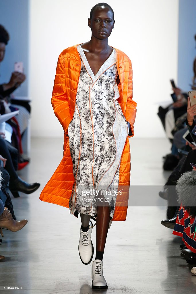 Colovos - Runway - February 2018 - New York Fashion Week : News Photo