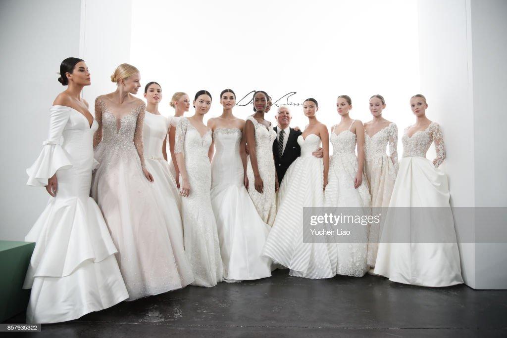 Dennis Basso For Kleinfeld - Runway - New York Fashion Week: Bridal October 2017 : News Photo